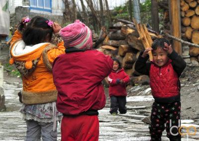Kinder in Kathmandu