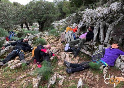 Sardinien Mare e Monti Tour Tag 3 bbpFellows in der Gorropu Schlucht beim Pause machen